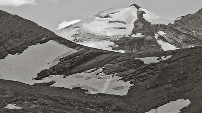 Gunsight Mountain 7640bw