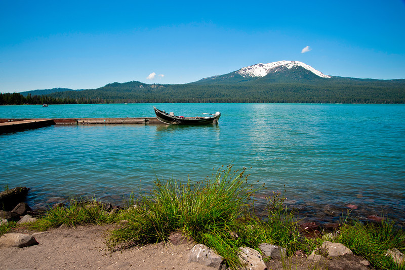 Diamond Lake, Umpqua National Forest in Douglas County, Oregon.