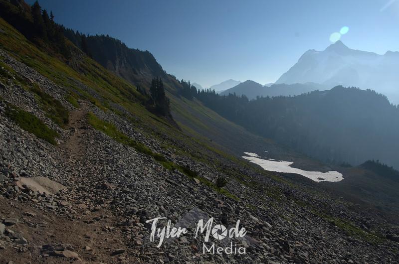 990  G Shuksan and Chain Lakes Trail