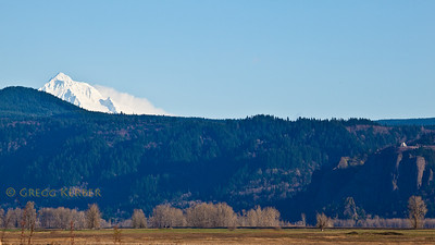 Mt. Hood and Vista House (Crown Point)