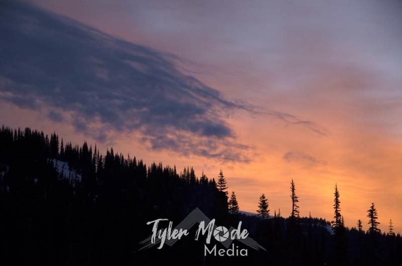 155  G Reflection Lakes Sunrise