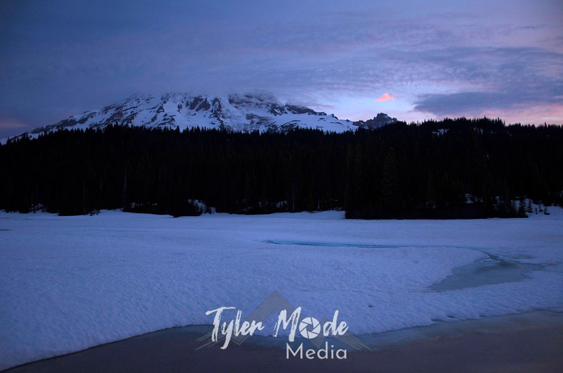 156  G Reflection Lakes Sunrise Pink Cloud