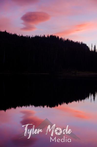 56  G Reflection Lakes Sunrise Lenny V