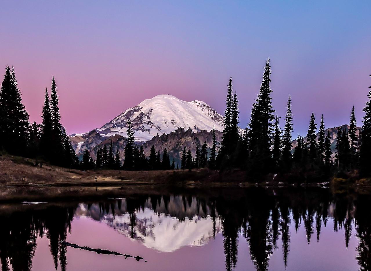 Mt Rainier Sunrise  Upper Tipsoo Lake