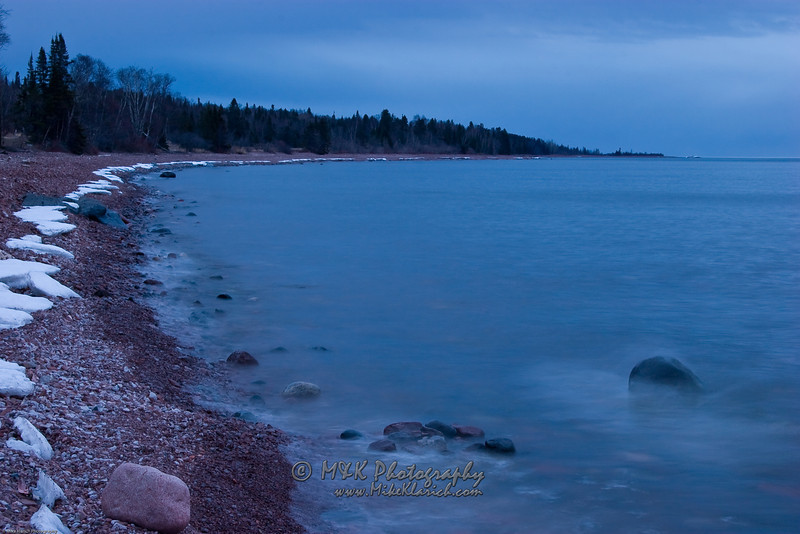 Ghostly Icy Shore-8108