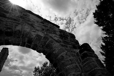 Stone arch on northwest side of the castle ruins at Ha Ha Tonka state park