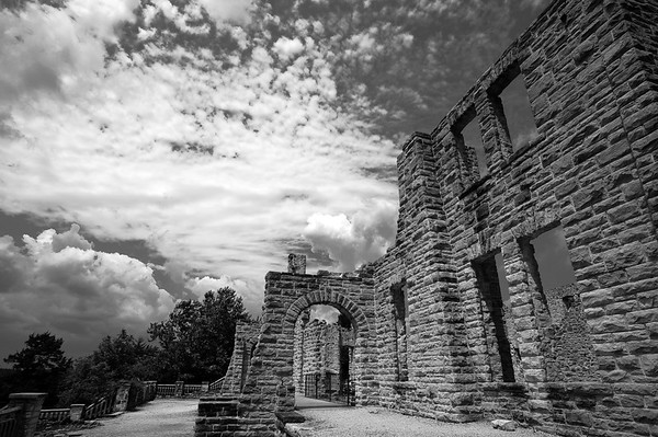 South face of the castle ruins at Ha Ha Tonka state park
