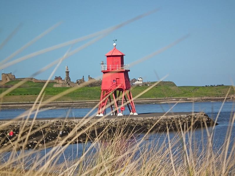 DSCF2672 South ShieldsHerd Groyne Lighthouse