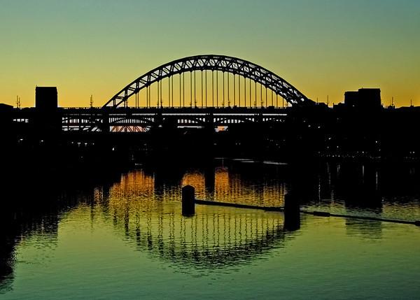 Tyne Bridge silhouette