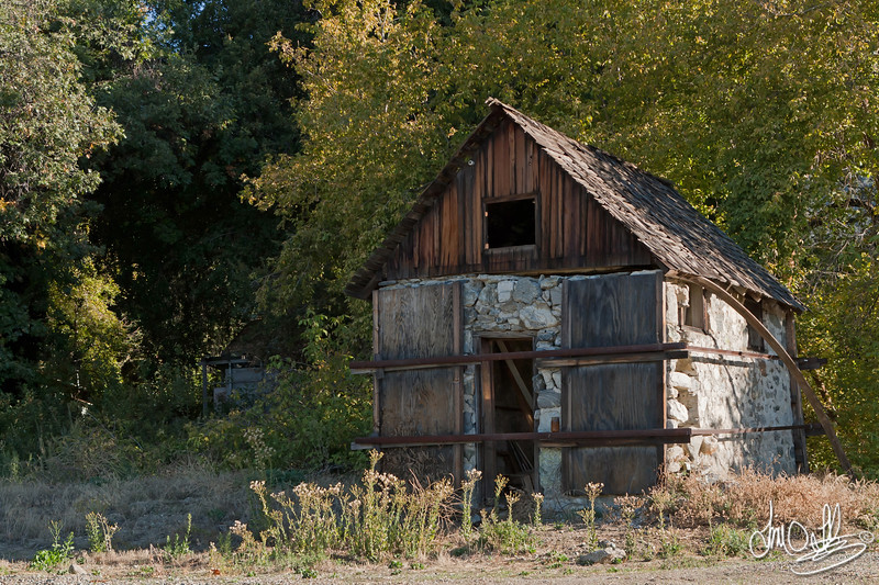 Old Little Building
