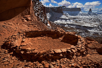 False Kiva, overlooking the Island in the Sky region of Canyonlands National Park