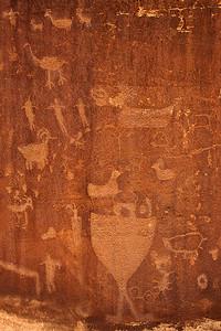 mys85:  Petroglyph panel, Shay Canyon site, southern Utah