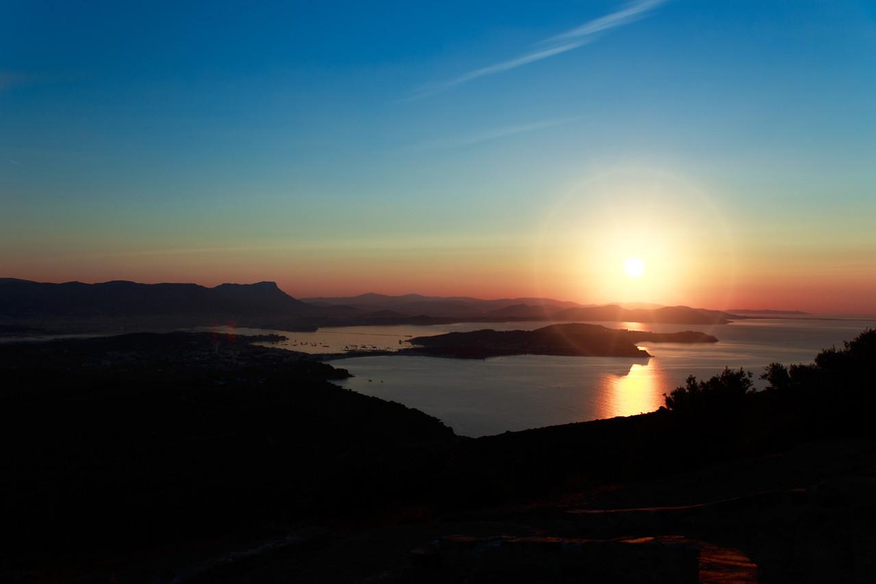 Sunrise over Toulon (Arthur)