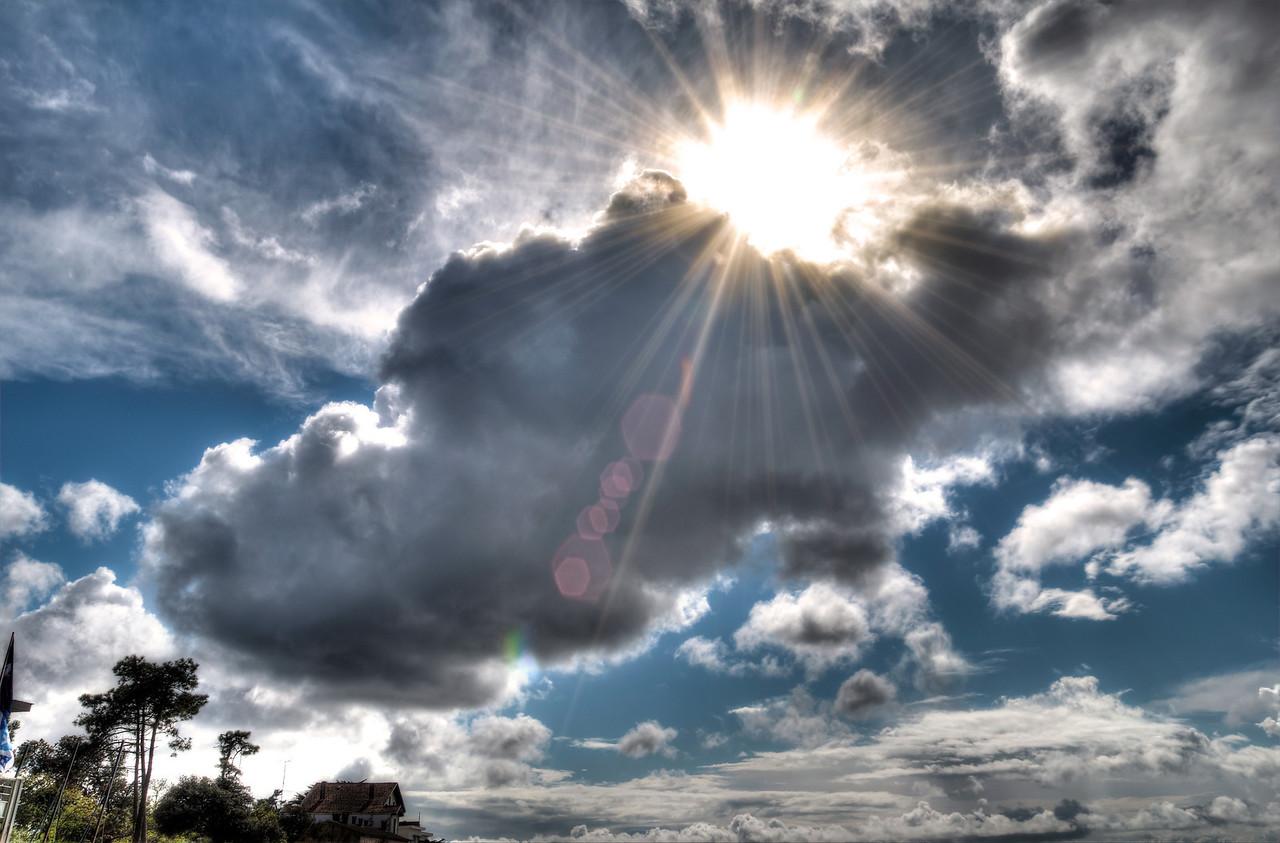 Sunny Cloud (Arthur)