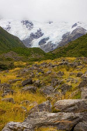 Reach for the Sky<br /> Hooker Valley Glacier, Mt Cook