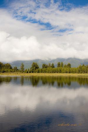 Lake Metheson, Fox Glacier