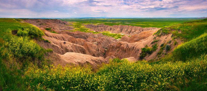 Pano Of Overview Of Badland Valley - Badlands National Park, South Dakota