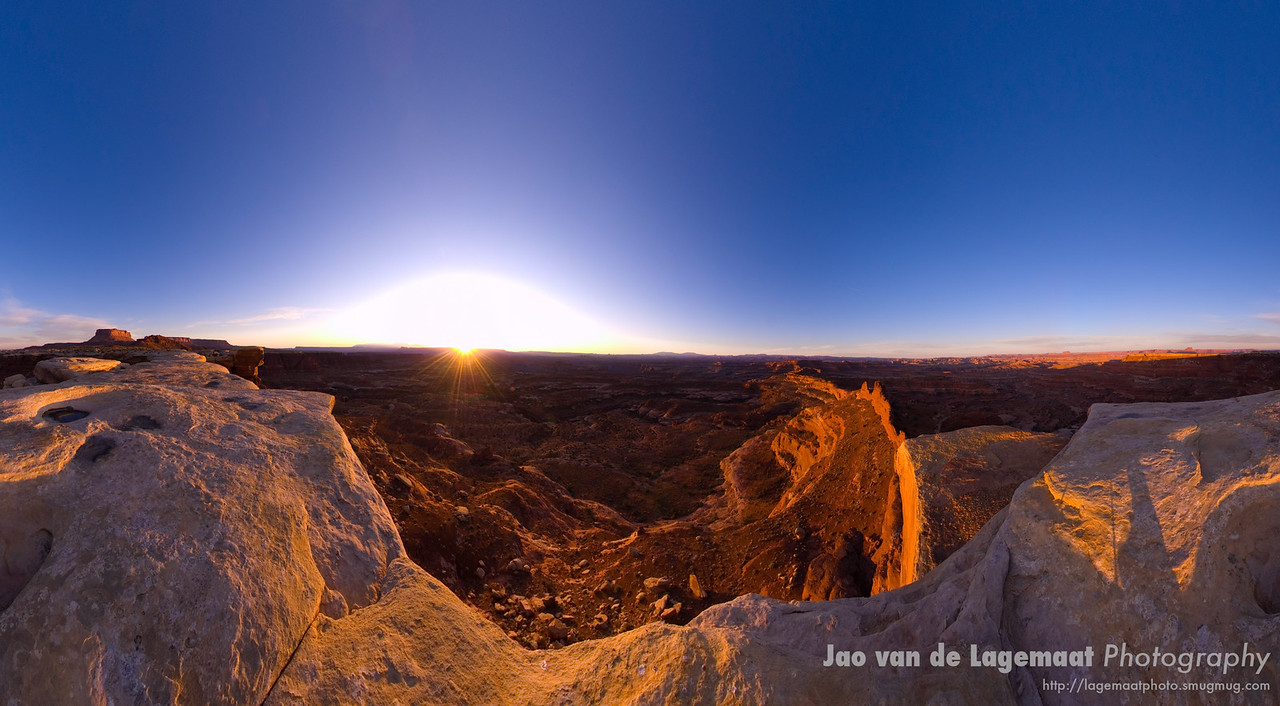 Sunrise at White Crack Canyonlands