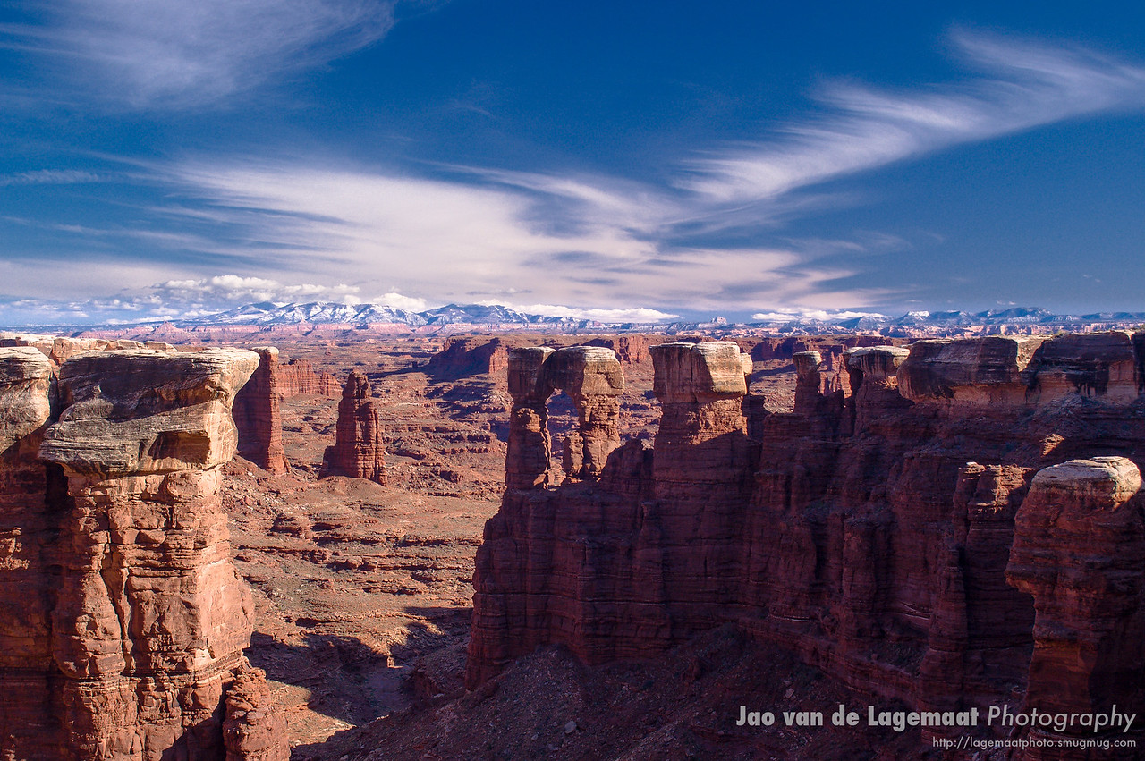 Canyonlands arch and Manti La Sals