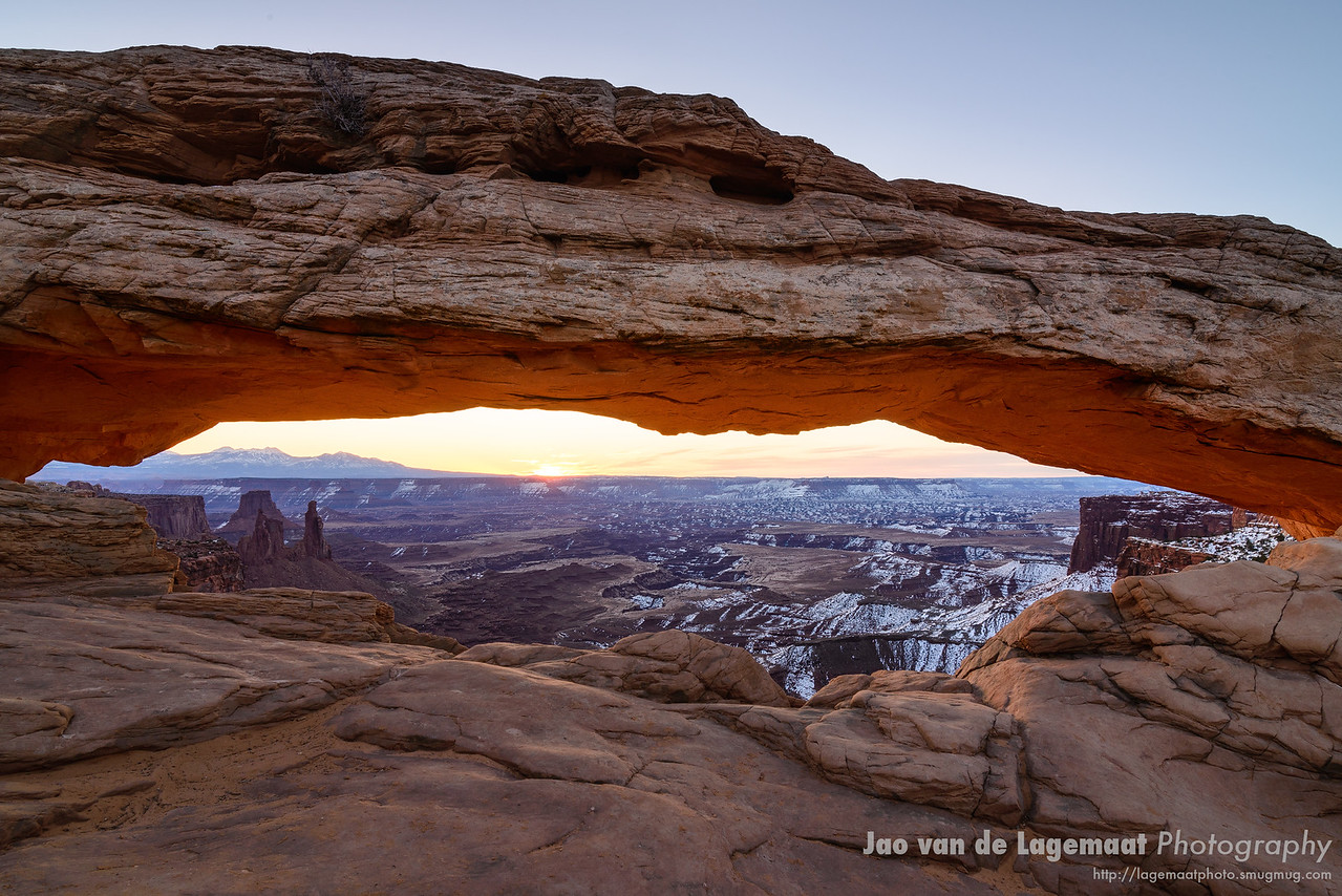 The moment - dawn at mesa arch