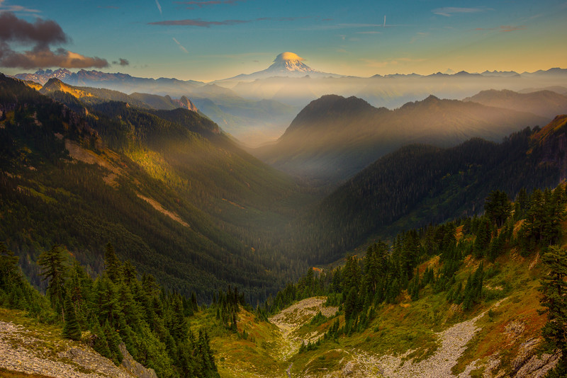 View From Pinnacle Saddle Pinnacle Peak Trail, Plummer Peak, Mt Rainier National Park, WA