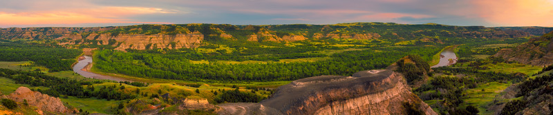 Pano Of Theodore Roosevelt From Badlands Overlook - Theodore Roosevelt National Park, North Dakota
