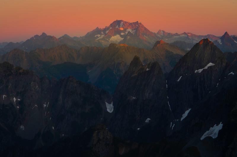 Last Light Glow On The Cascades