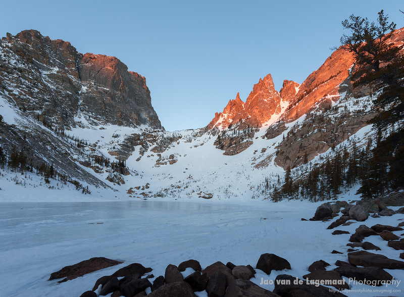 Short dawn on Emerald Lake Hallett Peak and Flattop mountain