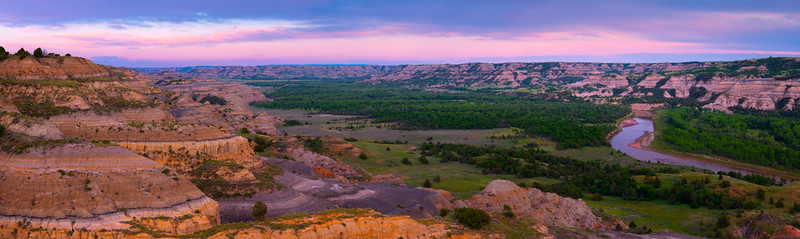 Little Missouri River In The Badlands - Theodore Roosevelt National Park, North Dakota