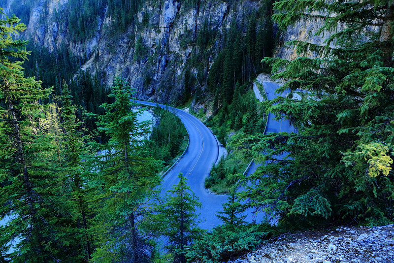 Yoho Valley Road switchbacks.
