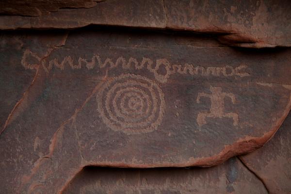 Anaszai Rock Art in Petroglyph Canyon, Zion National Park
