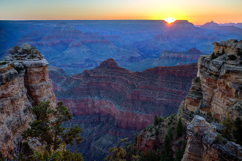 Mather Point Sunrise - Grand Canyon National Park - AZ