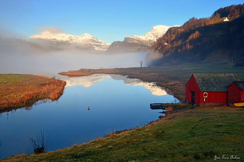 Morgenstemning ved Gjønavatnet