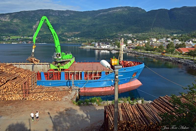 Tømmerkaien i Eikelandsosen