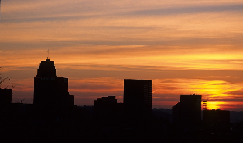 Fifth Third Building Silhouette<br /> <br /> Cincinnati, OH