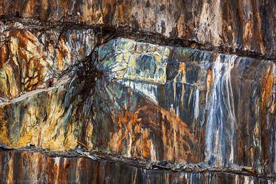 Western Sierra TNT Texture Wall