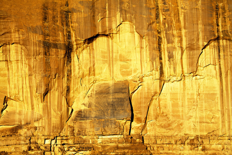 Golden Wall - Monument Valley, UT