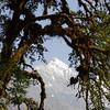 Ghenge Liru, Luri Himal