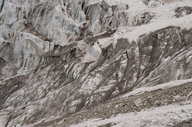 Trying to conquer the Kimshung Glacier, Langtang Himalayas