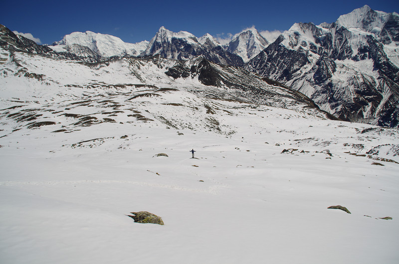 This is one of the seven natural wonders in Nepal: Tserko Ri (4980 Meters) with stunning views all over the place, including Gangchenpo
