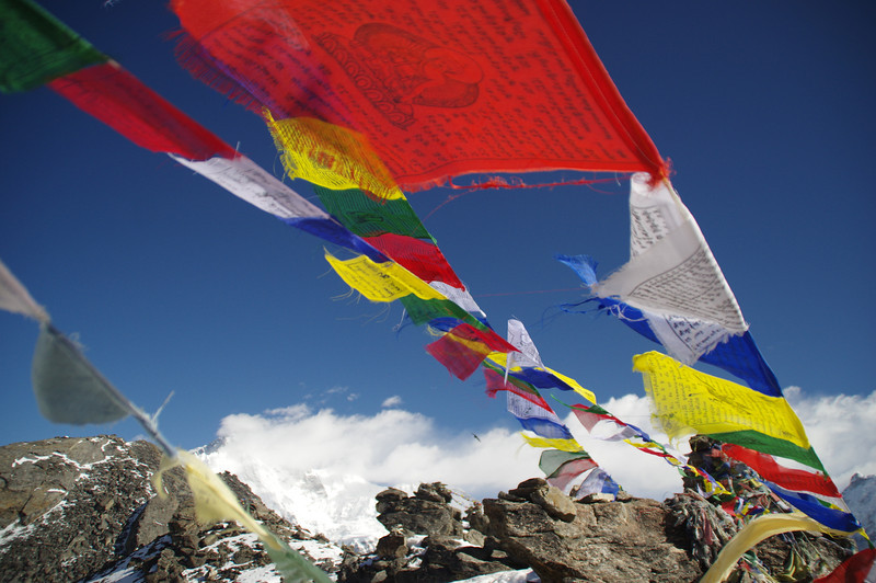 "Tibetean prayer flags at the summit of Goyko Ri (5360 Meter)<br /> For the german report check out: <a href=""http://blog.tapir-store.de/planet-erde-reiseberichte/22874.der-mount-everest-basecamp-trek-in-nepal-nur-fuer-profis.html"">http://blog.tapir-store.de/planet-erde-reiseberichte/22874.der-mount-everest-basecamp-trek-in-nepal-nur-fuer-profis.html</a>"