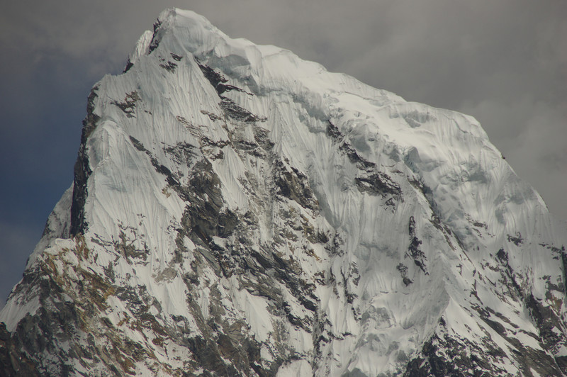 The mighty Westface of Cholatse