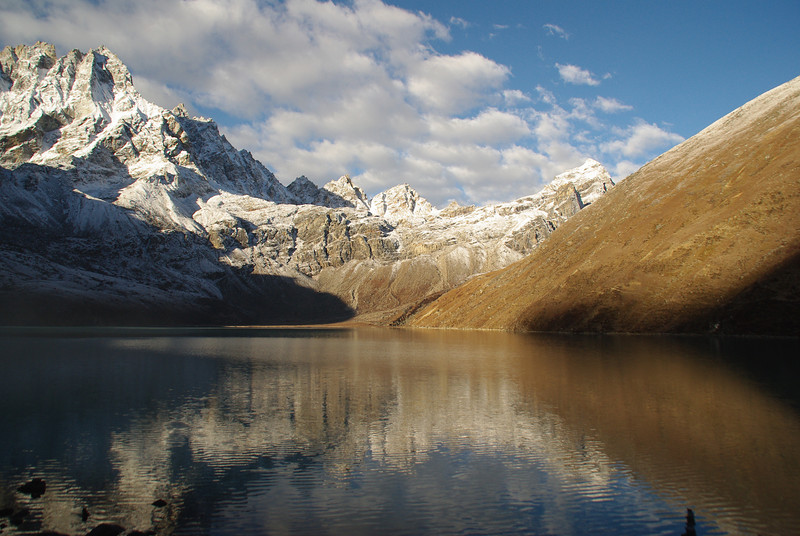 The holy lakes of Gokyo - Day 2