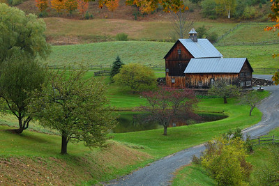Sleepy Hollow Farm, north of Woodstock, Vermont on Cloudland Road. This farm was for sale when I saw it. I have been told the asking price is under 4 million.  Aerosmith guitarist Joe Perry bought it in 2005. Thanks,  Linda, for your insider info!