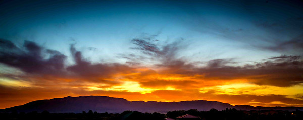 New mexico hstowe sunrise over the sandia mountains sciox Choice Image