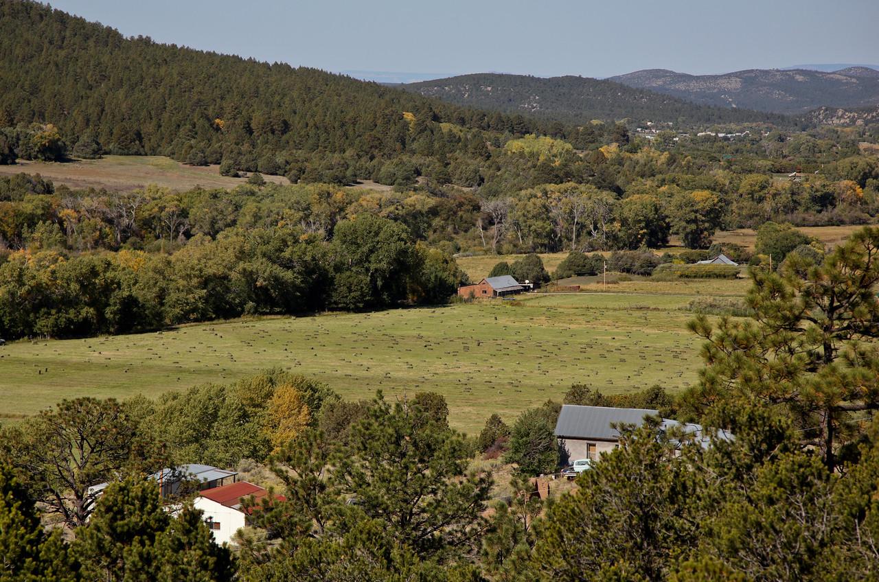 High road from Santa Fe to Taos
