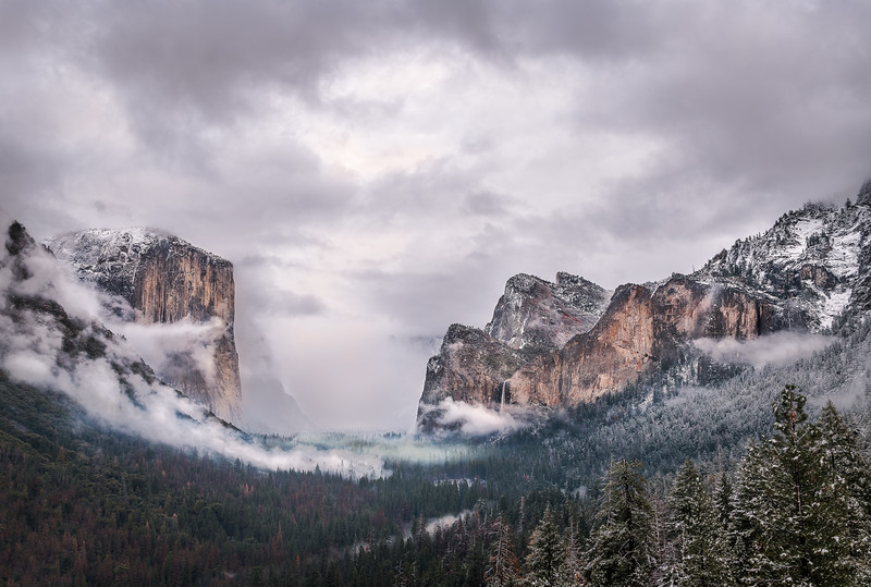 A snow storm blew through Yosemite the other day, so of course I had to go! I spent two days in Yosemite taking in the beauty of the Valley covered in snow. Here is the iconic view of Yosemite Valley from Tunnel View at sunset.