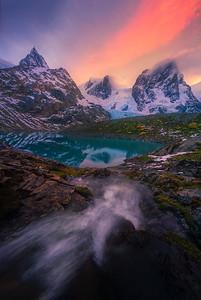 Fjord Cascades