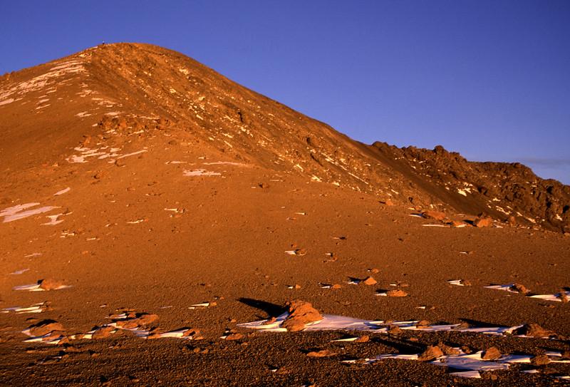 On the south ridge of Te Ao Whekere, Seaward Kaikoura Range