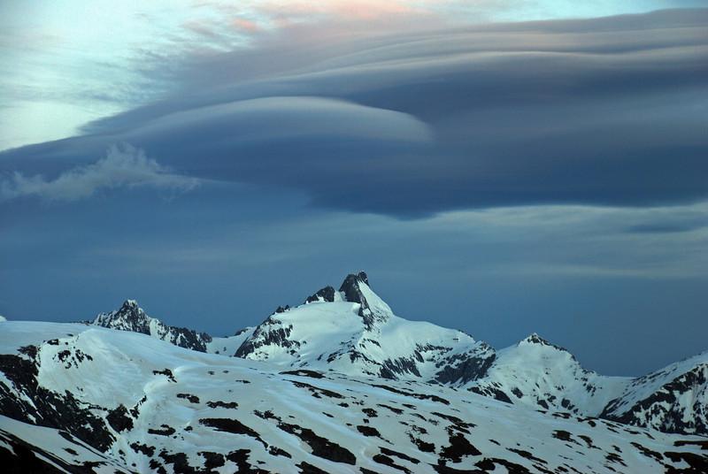 Hogback cloud over Mt Ward